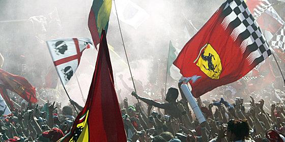 Ferrari-Heimspiel: Beim Gro�en Preis von Italien regiert nur eine Farbe: Rosso!