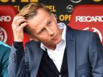 Fix: Jonker nicht mehr Trainer in Wolfsburg