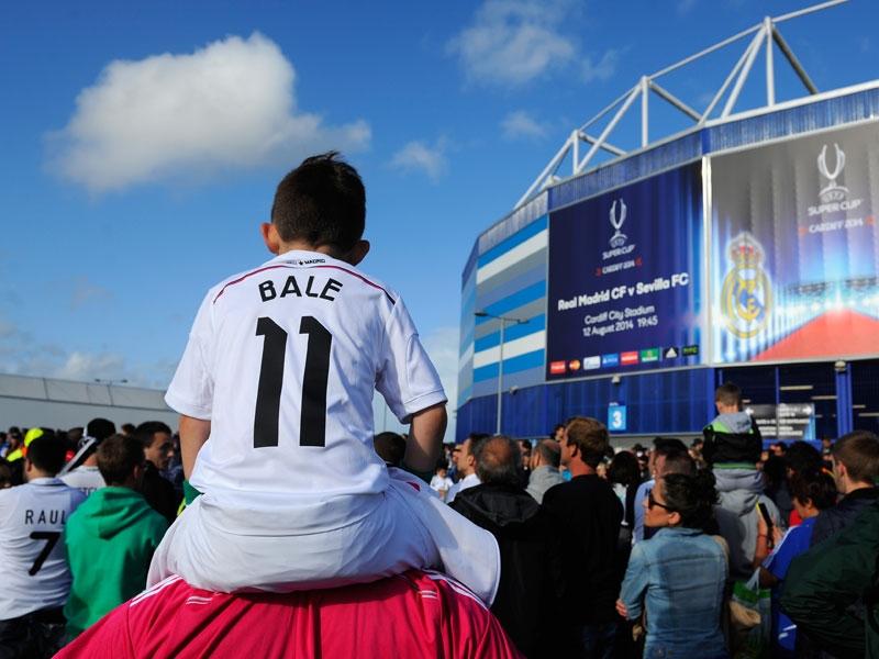 Super-Bale kommt nach Hause